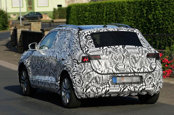 Namn:  Erlkoenig-VW-Polo-SUV-fotoshowBig-cc5b0b3e-969008.jpg Visningar: 444 Storlek:  122.8 KB