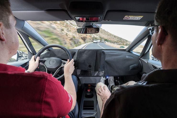 Namn:  VW-I-D-Sperrfrist-16-12-2018-00-00-Uhr-MEZ-fotoshowBig-bbb9cd6e-1240627.jpg Visningar: 870 Storlek:  55.6 KB