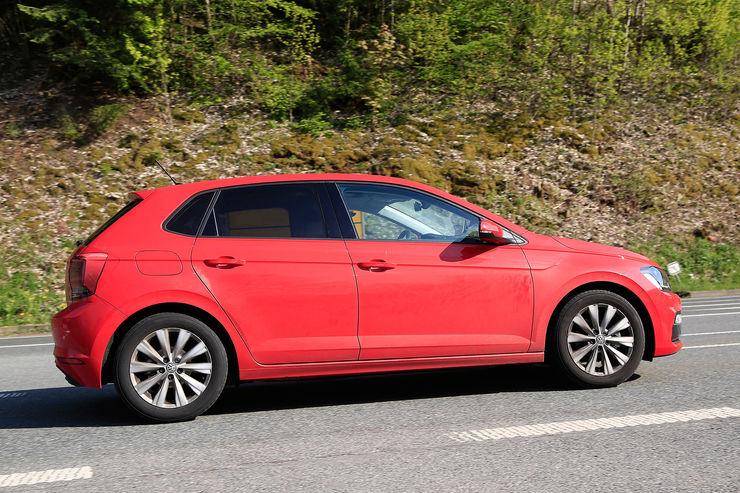 Namn:  VW-Polo-Erlkoenig-fotoshowBig-da7d9714-1070000.jpg Visningar: 753 Storlek:  124.1 KB