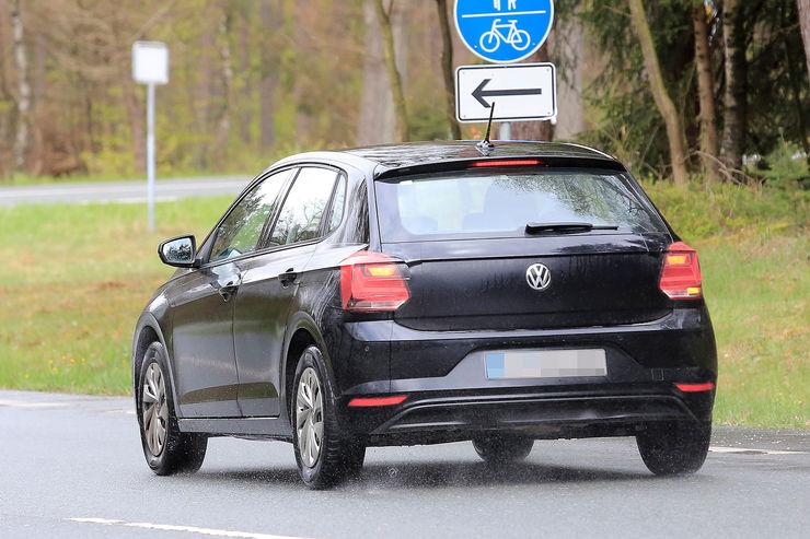 Namn:  VW-Polo-Erlkoenig-fotoshowBig-363284f-1069992.jpg Visningar: 780 Storlek:  84.8 KB