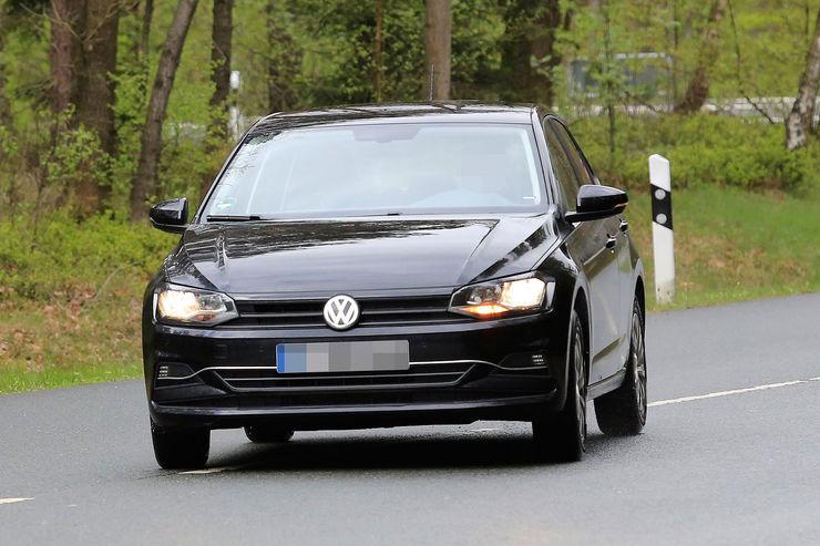 Namn:  VW-Polo-Erlkoenig-fotoshowBig-306b001d-1069993.jpg Visningar: 776 Storlek:  78.4 KB
