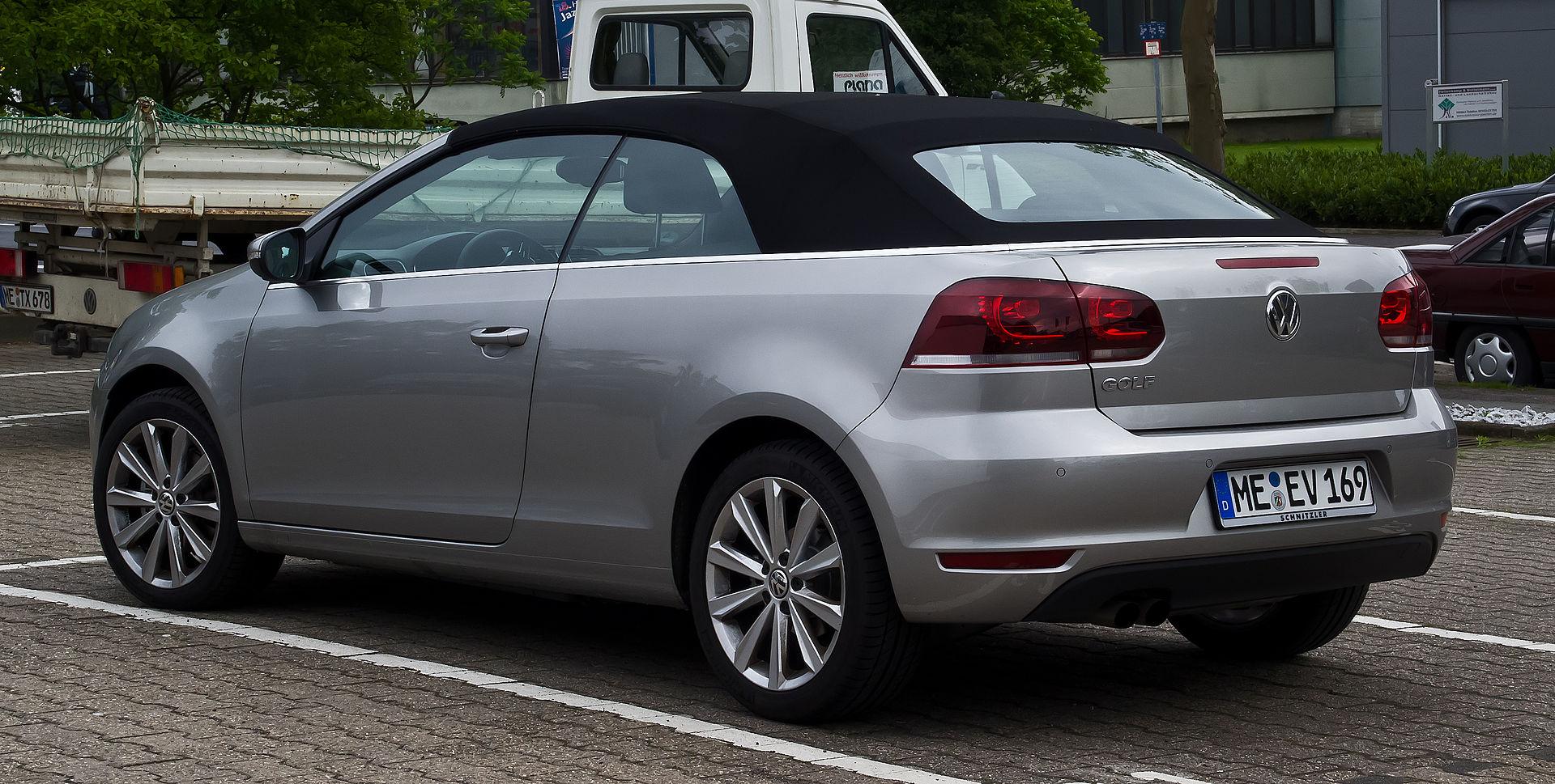 Namn:  VW_Golf_Cabriolet_1.4_TSI_Design_&_Style_(VI)_–_Heckansicht,_1._Juni_2013,_Hilden.jpg Visningar: 222 Storlek:  405.1 KB