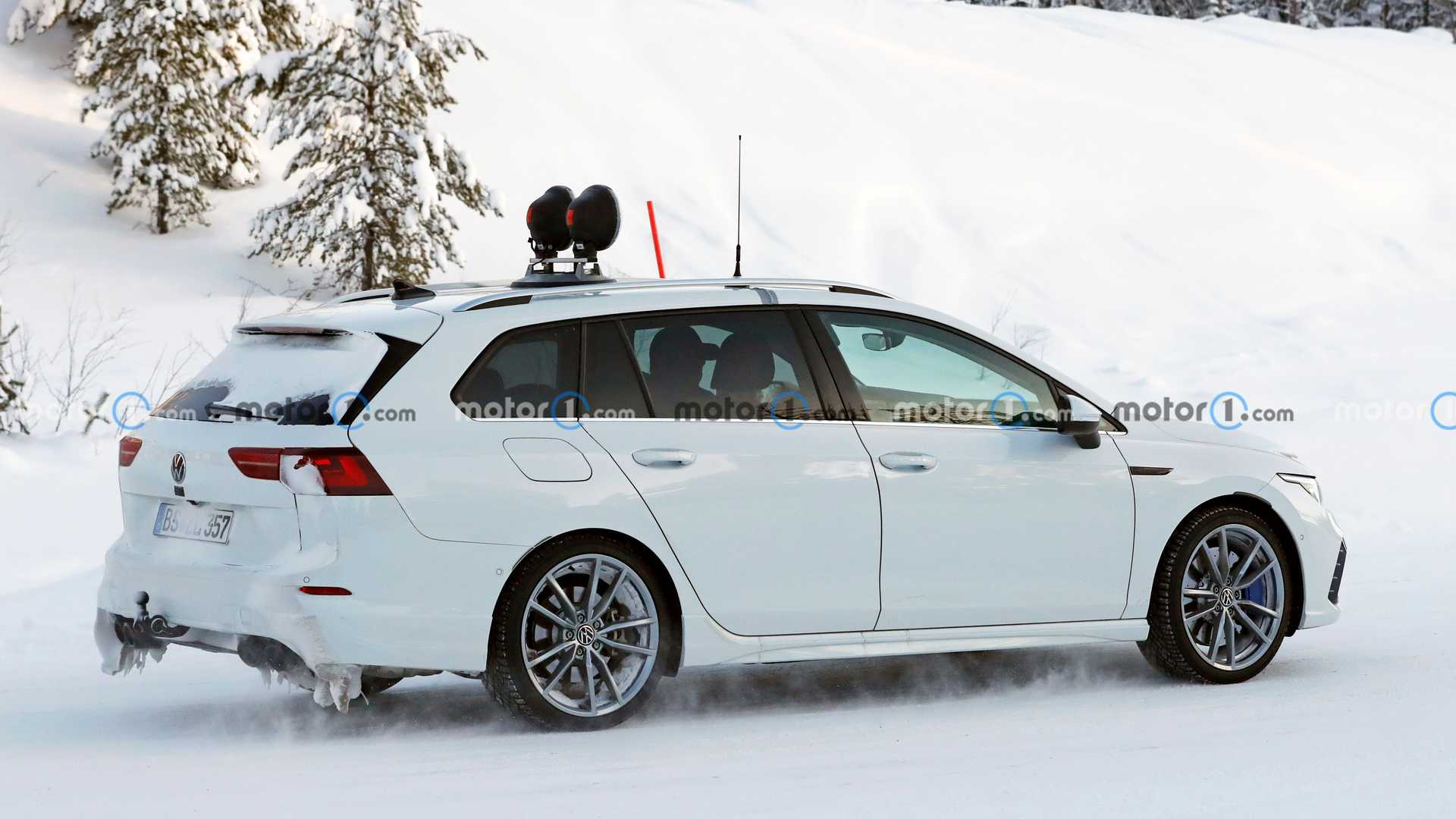 Namn:  2022-vw-golf-r-estate-spy-photo.jpg