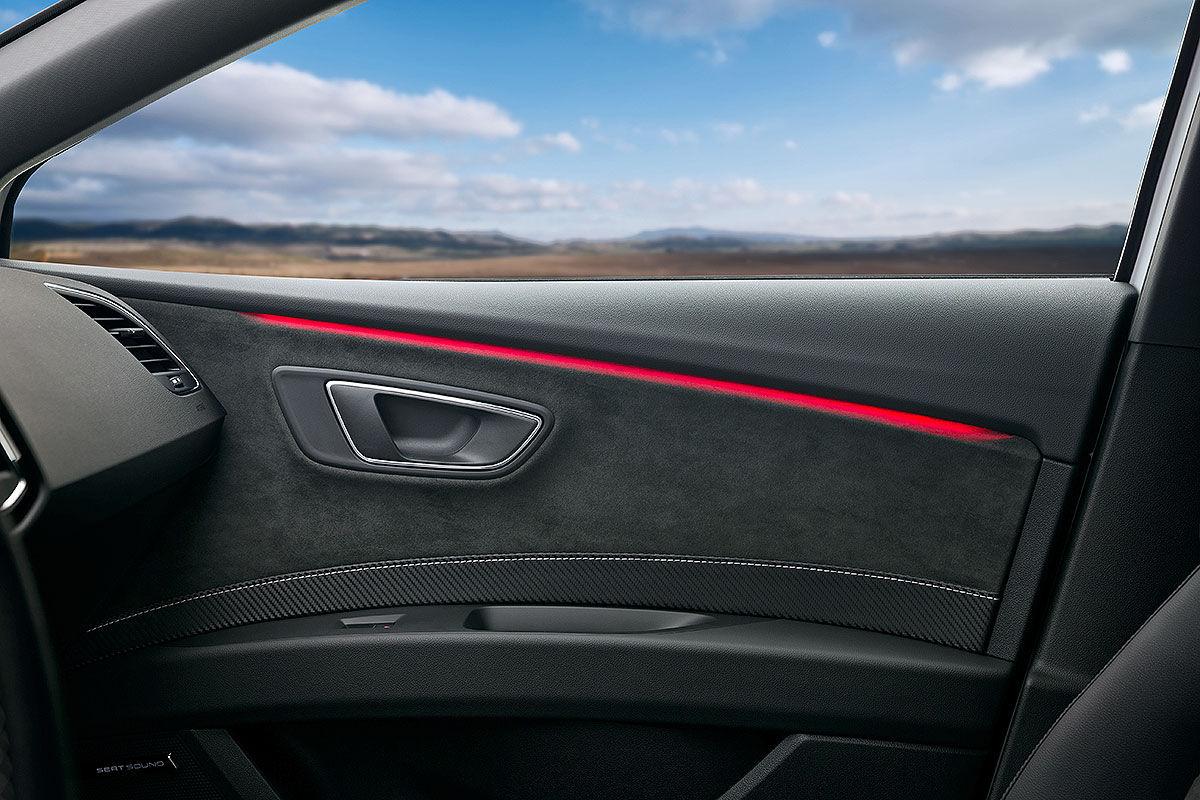 Namn:  Seat-Leon-Cupra-Facelift-2017-Vorstellung-1200x800-77eae2e31f6aa753.jpg Visningar: 1533 Storlek:  165.4 KB