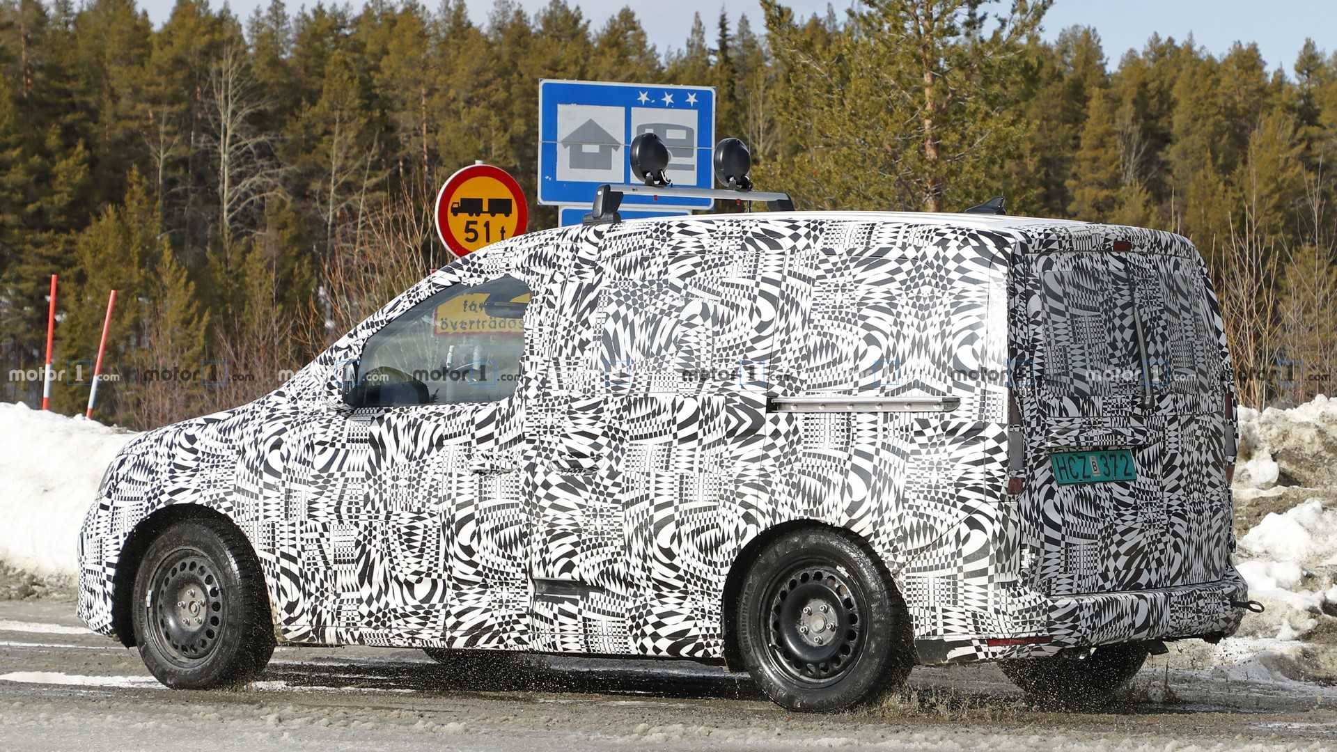 Namn:  2021-vw-caddy-first-spy-photo.jpg