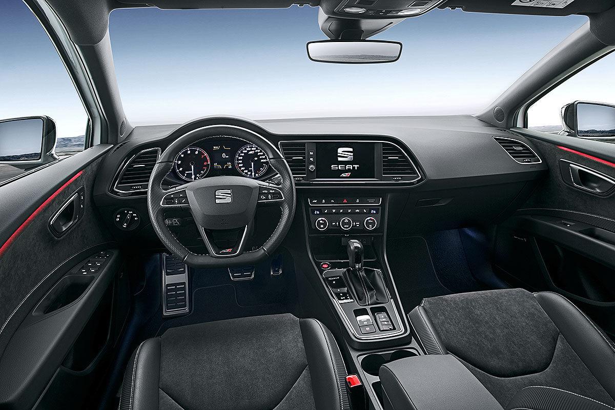 Namn:  Seat-Leon-Cupra-Facelift-2017-Vorstellung-1200x800-ded1c8a3c2491d08.jpg Visningar: 1290 Storlek:  192.3 KB