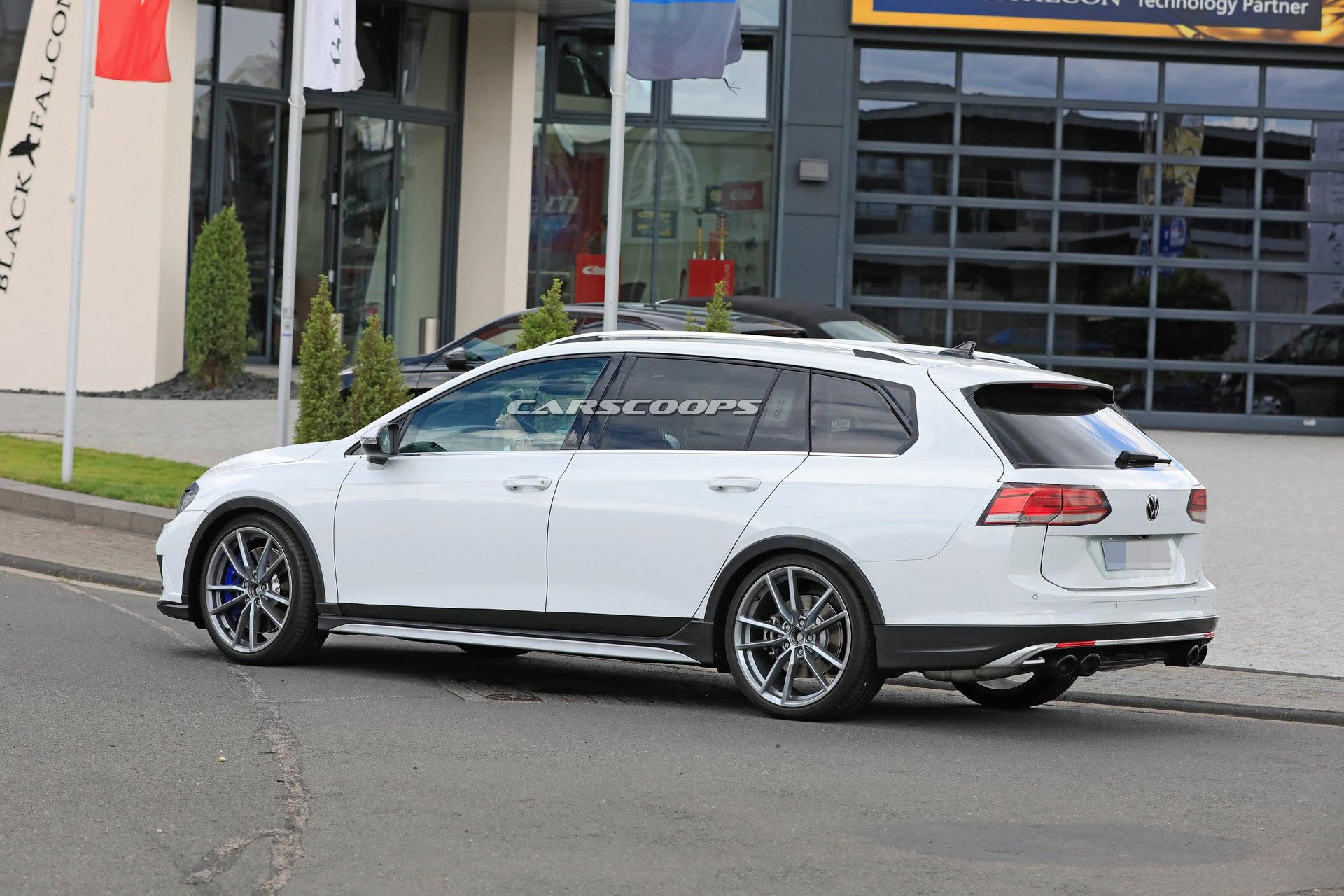 Namn:  2021-VW-Golf-R-Estate-10.jpg Visningar: 480 Storlek:  353.1 KB