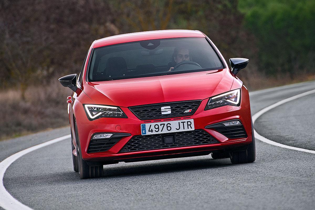Namn:  Seat-Leon-Cupra-Facelift-2017-Vorstellung-1200x800-3ee052f214375f83.jpg Visningar: 1378 Storlek:  233.6 KB