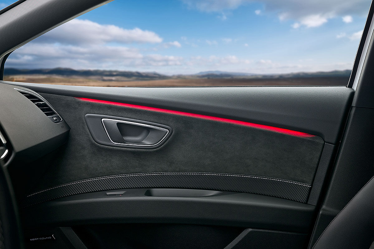 Namn:  Seat-Leon-Cupra-Facelift-2017-Vorstellung-1200x800-77eae2e31f6aa753.jpg Visningar: 1181 Storlek:  165.4 KB