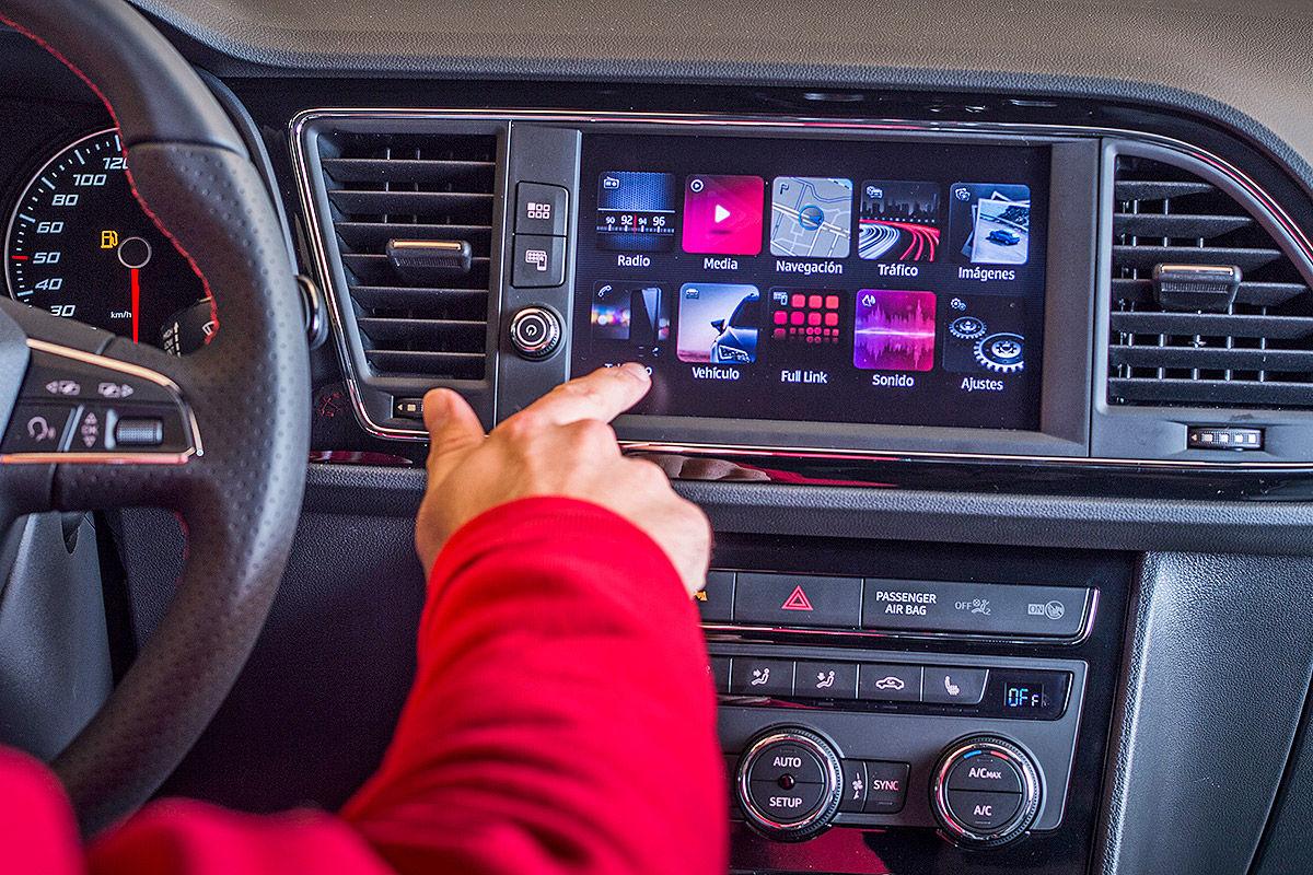 Namn:  Seat-Leon-Cupra-Facelift-2017-Vorstellung-1200x800-a48e1ea1fe441c55.jpg Visningar: 1158 Storlek:  293.2 KB
