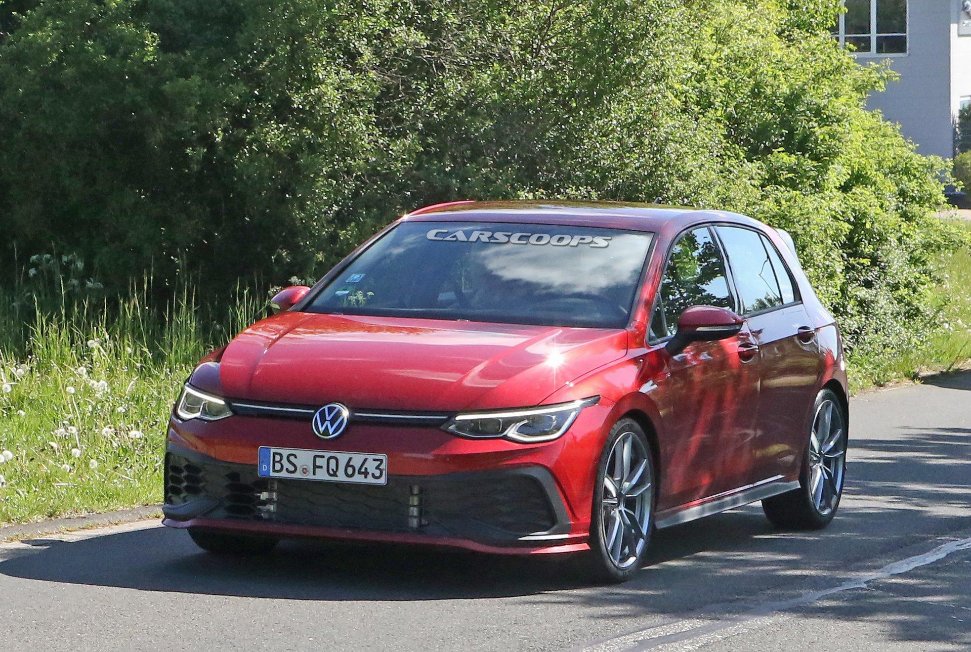 Namn:  2021-VW-Golf-GTI-TCR-12.jpg Visningar: 639 Storlek:  630.8 KB
