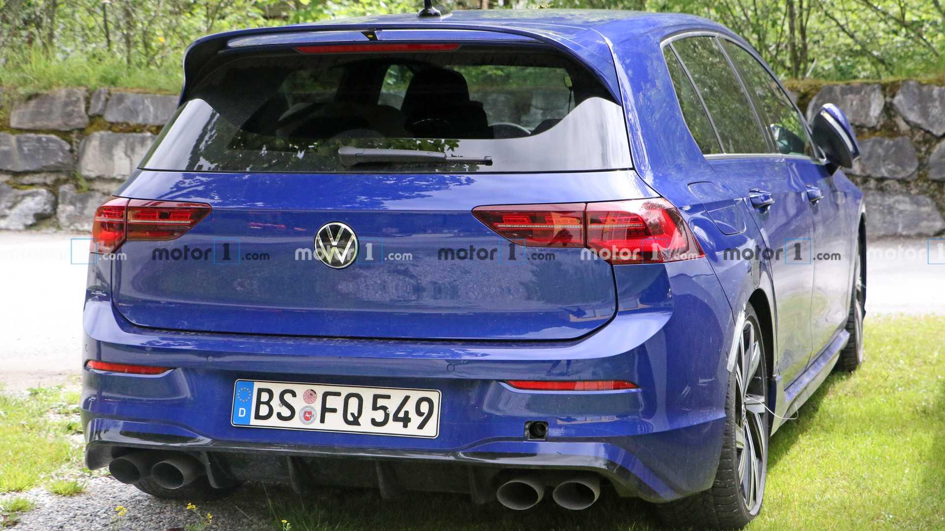 Namn:  volkswagen-golf-r-spy-shots.jpg Visningar: 701 Storlek:  192.5 KB