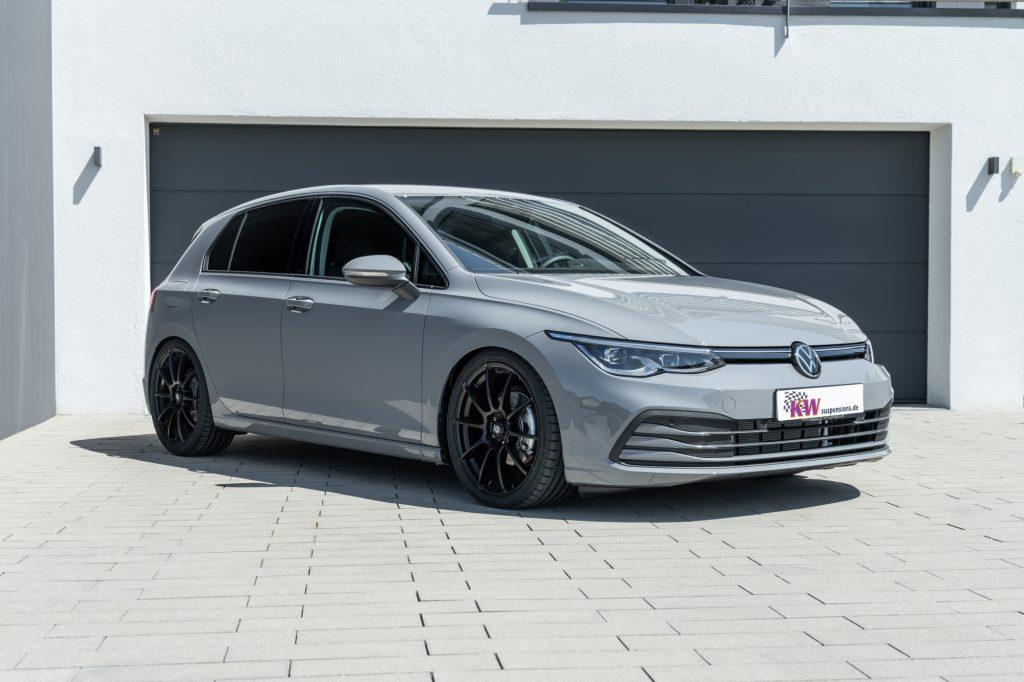 Namn:  low_VW_Golf_8_KW_Variante_3_Standaufnahme_01-1024x682.jpg Visningar: 437 Storlek:  88.6 KB